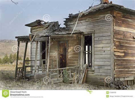 broken house broken abandoned wooden house stock photos image 27093103