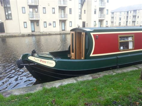 boating holidays england canal boat hire england uk poppy our 45ft narrowboat for hire on the lancaster canal