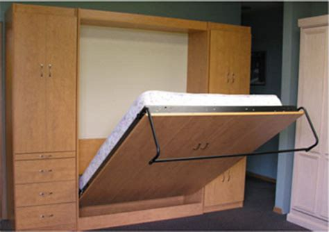 bed that folds into wall murphy bed choices choices choices murphy bed pros