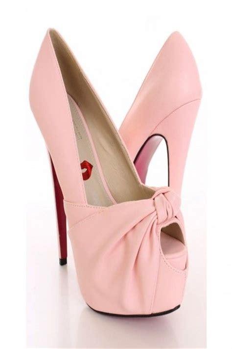 light pink knotted keyhole toe heels
