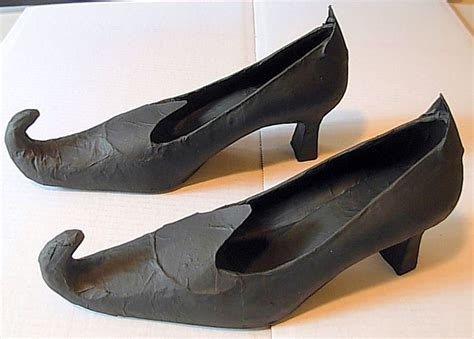 diy witch shoes diy witch shoes h a l l o w e e n
