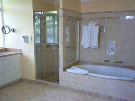 Shower Stall Bathtub by Tub And Shower Stall Picture Of Half Moon Montego Bay