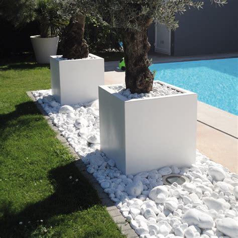 Gravier Décoratif Exterieur by Gravier Decoratif Exterieur Cool Jardin Moderne Avec Du