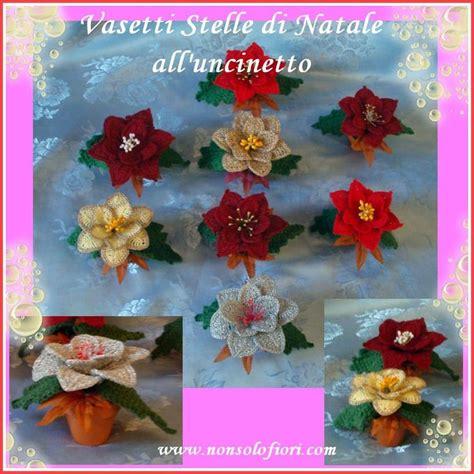 fiori natalizi all uncinetto vasetti segnaposto in terracotta con stelle di natale all