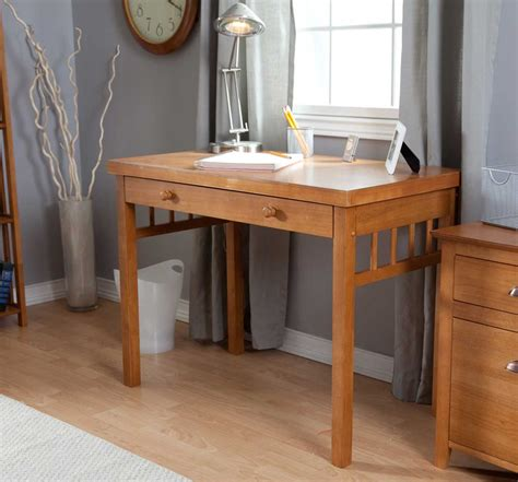 Small Maple Desk Office Furniture