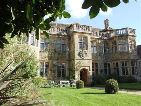 englefield house englefield is a late elizabethan e plan 25 best ideas about manor houses on pinterest english