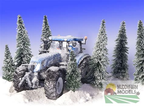 christmas cards  pack showing model  holland tractor  snow scene