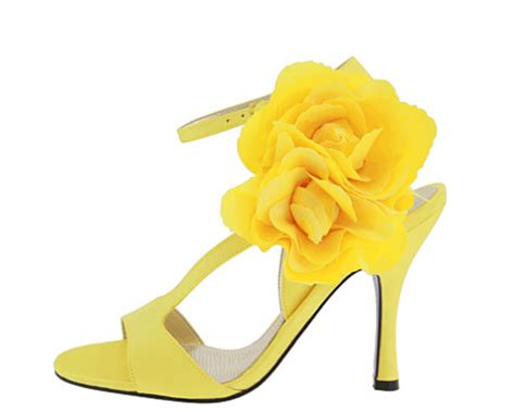 yellow flower shoes yellow shoes yellow photo 34593819 fanpop