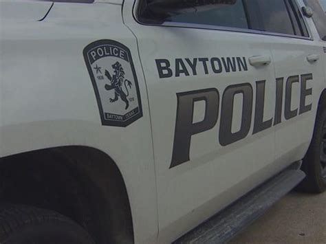 Baytown Warrant Search Cop Investigated In Possible Photo Ticket