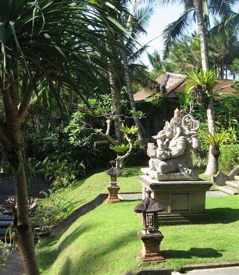Tete De Bouddha En Pour Jardin by Deco Jardin Bouddha Deco Parterre Exterieur Maisondours