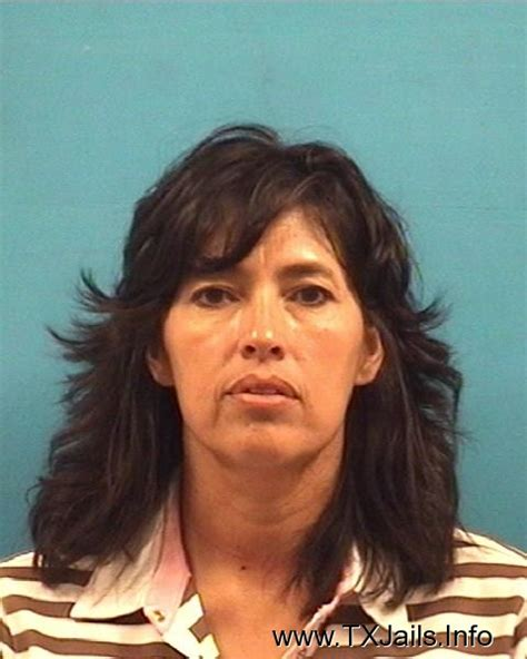 Pearland Warrant Search Yvette Giron Arrest Mugshot Pearland 6 20 2011