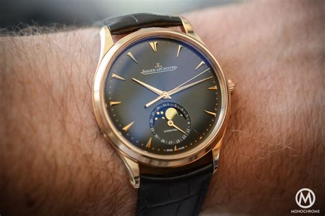What Goes With Grey Hands On With The Jaeger Lecoultre Master Ultra Thin Moon