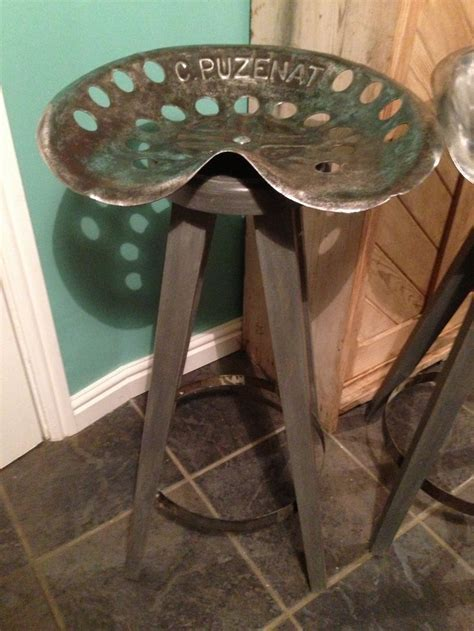Upcycled Tractor Seat Bar Stool   DIY, Tractor Seat Bar Stool