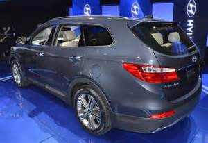 7 Seater Hyundai Hyundai Showcases 7 Seater Santa Fe At La Auto Show
