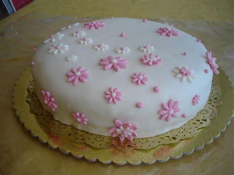 como decorar bolo para homens bolos decorados simples ideias criativas fotos e