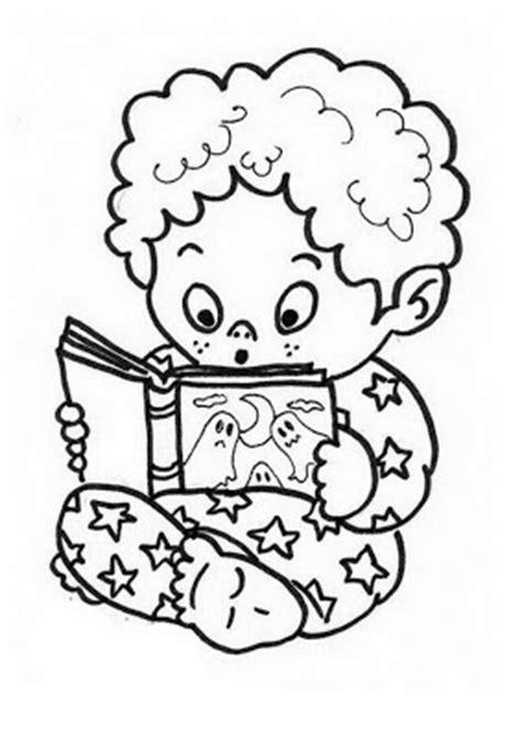 Niño leyendo cuento para colorear ~ 4 Dibujo