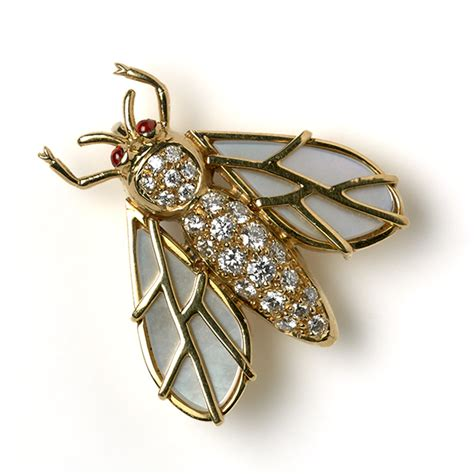 New Pearl Wings bee with of pearl wings