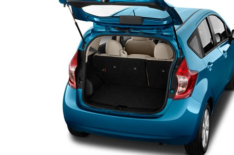 compact nissan versa note 2015 nissan versa note reviews and rating motor trend