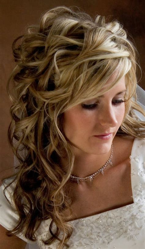 bridal hairstyles loose curls 20 best curly wedding hairstyles ideas the xerxes