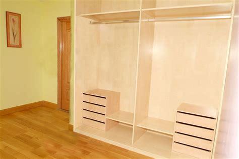como hacer un armario empotrado con puertas correderas c 243 mo hacer un armario empotrado hogarmania