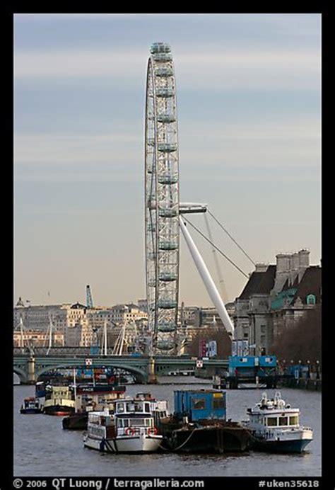 thames river boat london eye picture photo boats thames river and london eye london