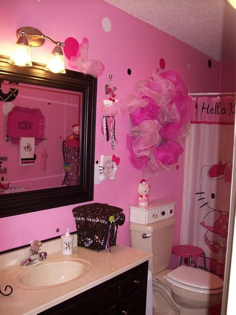 hello kitty bathroom decor hello kitty bathroom i want to do this for the girls