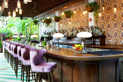 soho house miami restaurant de fabelachtige honeymoon vogue s lilian