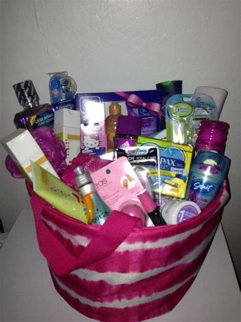 valentines gifts for teenagers 1000 ideas about gift baskets on gift