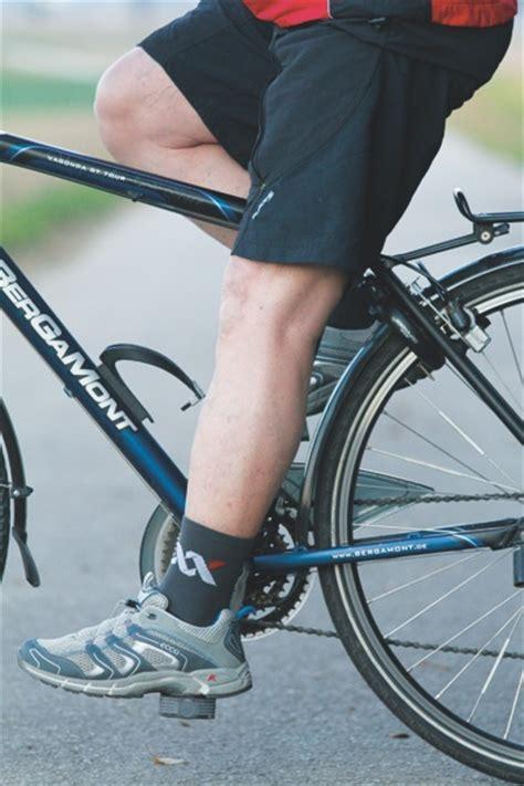 knieschmerzen innen was tun gegen knieschmerzen beim radfahren
