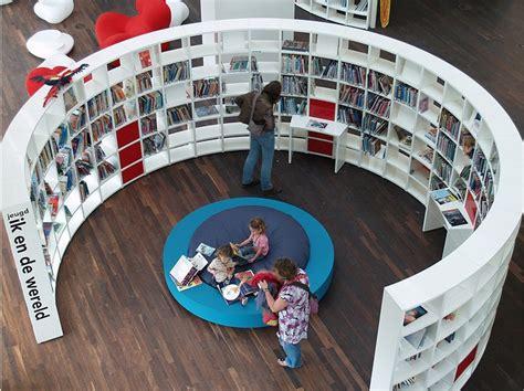 beautiful designs bookshelves and libraries bevsbookblog