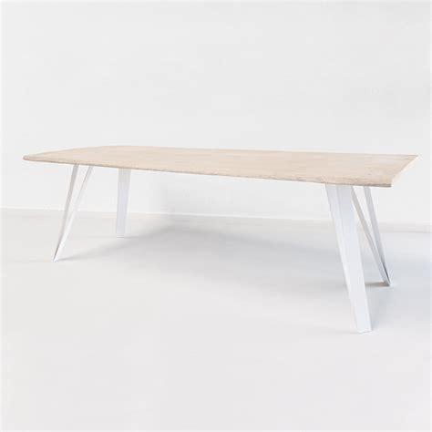 le avec pied en bois graf k fabricant de pieds de table et plateau en bois design