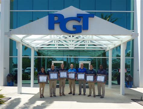 Mba Degree Webster by 7 Pgt 174 Custom Windows Doors Employees Graduate From