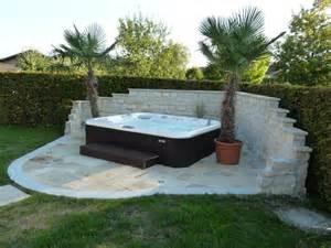Whirlpool Im Garten Whirlpool Im Garten Outdoor Jacuzzi Wird Zum Blickfang