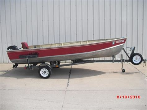 lund boats deadrise lund 16v tiller aluminum boats used in rock island il us