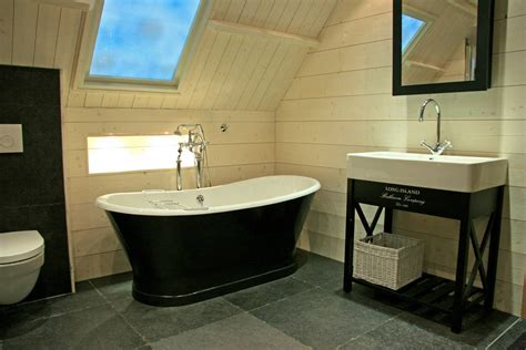 landelijke keukens en badkamers landelijke badkamers sfeervol baden in landelijke stijl