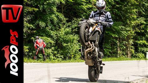 Motorrad Online English by Video Yamaha Mt 09 Street Rally Vergleich Mt 07