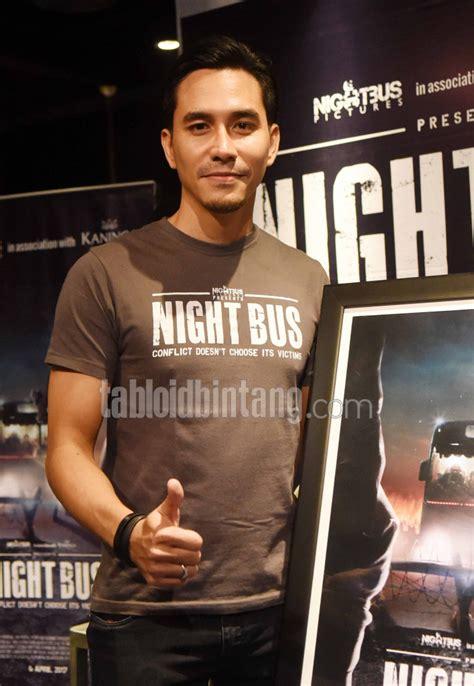 film terbaik ffi 2017 darius sinathrya kaget night bus jadi film terbaik ffi
