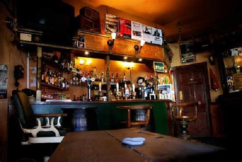 mainline ale house main bar barbers chair picture of barrels ale house berwick upon tweed tripadvisor