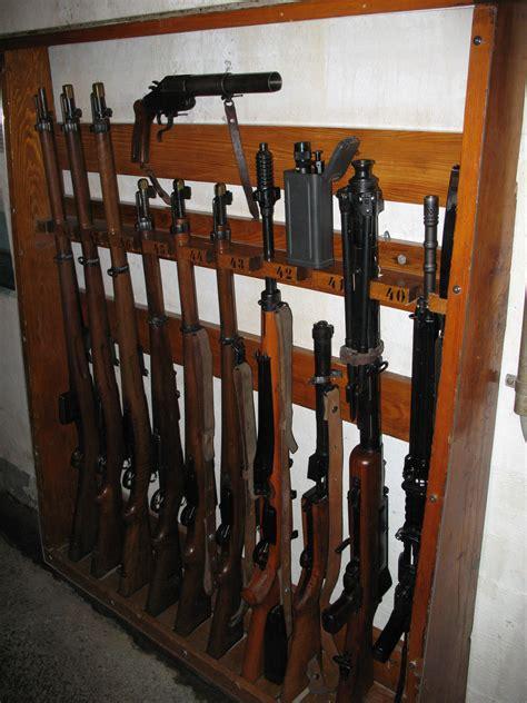build   gun rack plans diy   cutting