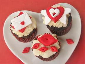 diy how to make easy and adorable valentine s day cupcake