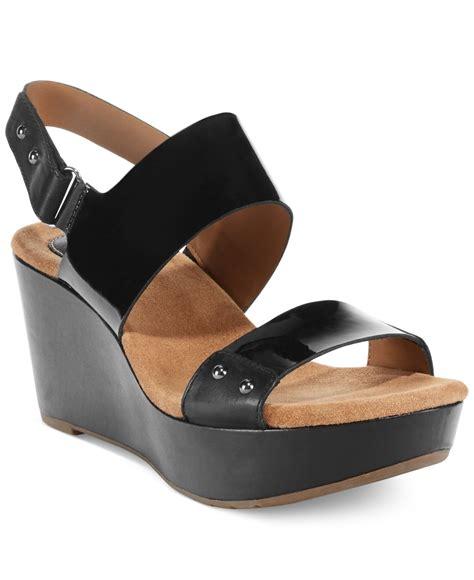 clarks wedge sandal clarks artisan s caslynn dez platform wedge sandals