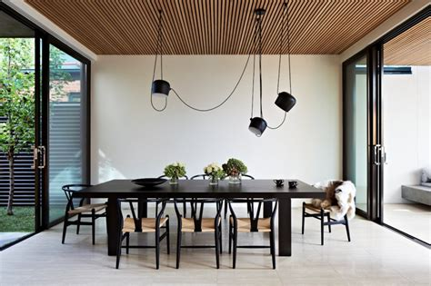 fortress exterior reveals open interiors surrounding central courtyard modern house designs onze nieuwste obsessie de aim multi pendant light van