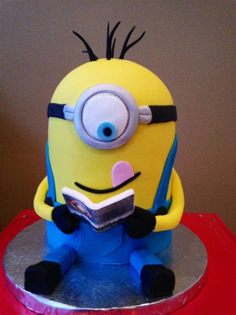 This Birthday Minion Was Reading Divergent A Sweet 12 Year Old Birthday Girls Favorite Book