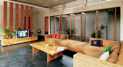 75 desain interior ruang keluarga menyatu dengan dapur terbaru 77 desain ruang keluarga minimalis terbuka lesehan