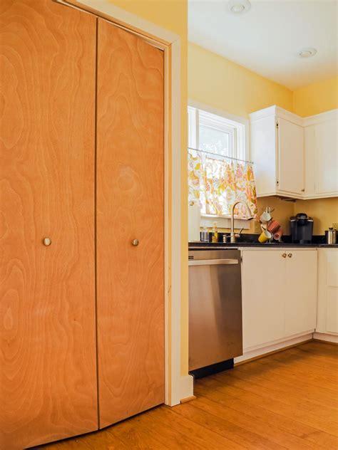 Modern Pantry Doors by 23 Budget Friendly Kitchen Design Ideas Decoration