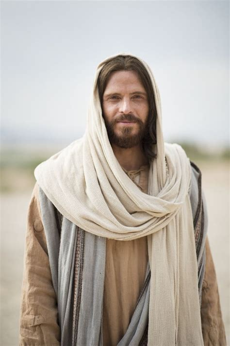 the robe of jesus 15 must see christ pictures pins lds pictures pictures