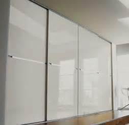 Wardrobe Closet Sliding Doors 25 Best Ideas About Sliding Wardrobe Doors On Wardrobe Doors Mirrored Wardrobe