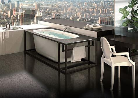 bagno con vasca ad angolo glass lancia arredobagno news