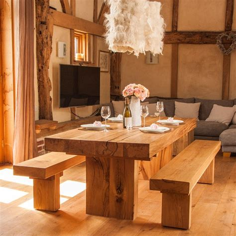 chunky oak dining table it chunky solid oak dining table