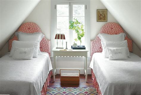 the best arrangement of small bedroom interior decorating